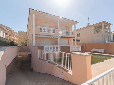 Photo for Beautiful townhouse 6 pax and communal pool in Cambrils.