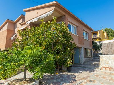 Photo for Nice apartment for 8 guests with WIFI, private pool, TV and parking