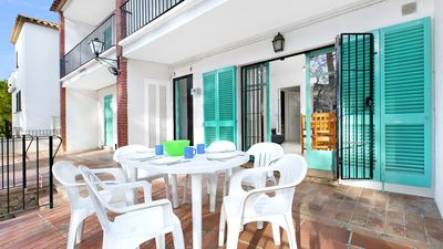 Photo for 3 bedroom Apartment, sleeps 7 with WiFi and Walk to Beach & Shops