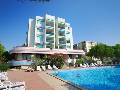 Photo for Two rooms apartment in residence with pool, next to the beach