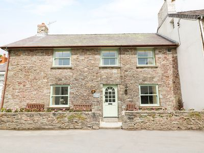 Photo for OLD SMITHY COTTAGE, pet friendly in Laugharne, Ref 954987