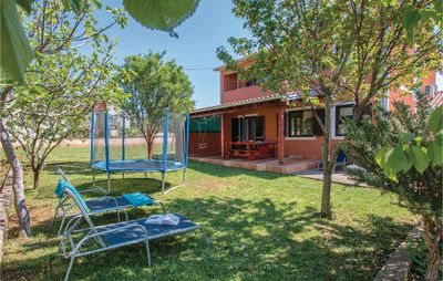 Photo for 4 bedroom accommodation in Medulin