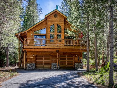 Photo for NEW LISTING! Gorgeous family cabin w/shared pool, hot tub & private pool table!