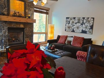 Beautiful 3BR Townhome On Free Resort Shuttle Route