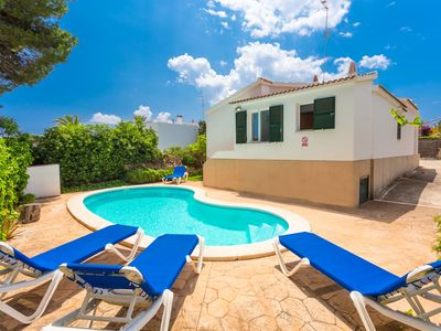 Photo for Villa Gloria: Large Private Pool, Walk to Beach, WiFi, Car Not Required