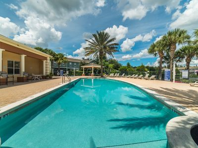 Photo for ✦Cozy Townhome✦Close to Disney - Private Jacuzzi✦