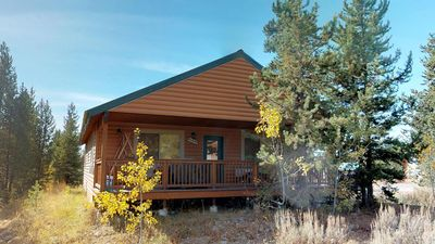 Photo for PINE CONE⭐️SATELLITE TV BBQ GRILL 35 MINUTES TO WEST OF YELLOWSTONE WASHER & DRYER FULL SIZE KITCHEN