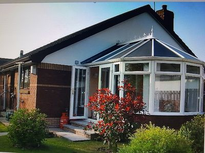 Photo for Well equipped family/pet friendly property close to the area's major attractions