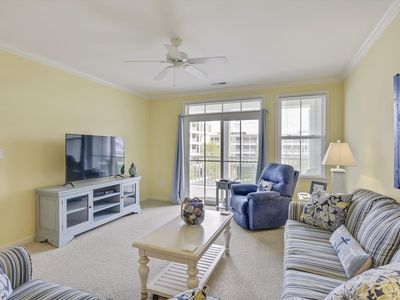 Photo for Beautiful Bayside Condo in Sunset Island Resort - Pools, Fitness, Private Beach