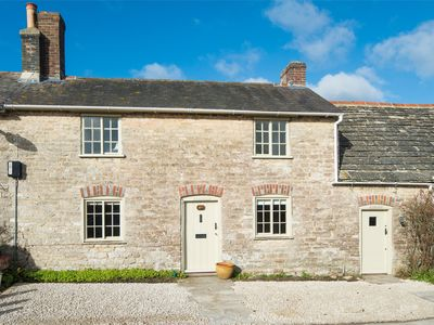 Photo for 4 bedroom Cottage in Isle of Purbeck - IC177