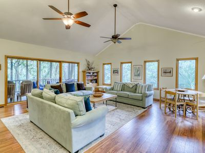 Photo for Dog-friendly home w/family-friendly atmosphere-steps to beach