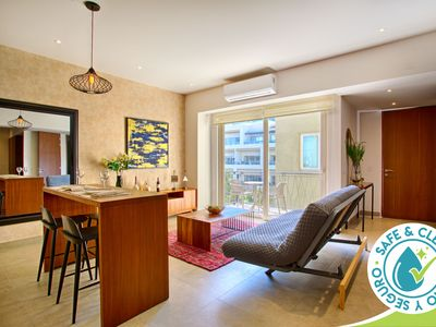 Photo for Cozy 6th Floor Studio at Pavilion | Walk to the Beach and the Best Restaurants