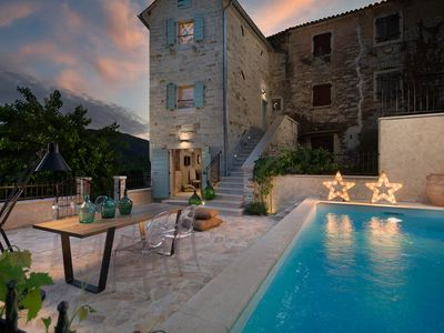 Photo for Stone house with pool with hydromassage, panoramic view