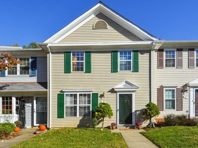 Photo for Well appointed spacious townhouse