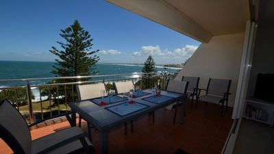 Photo for Wickham Point Unit 6 Kings Beach QLD