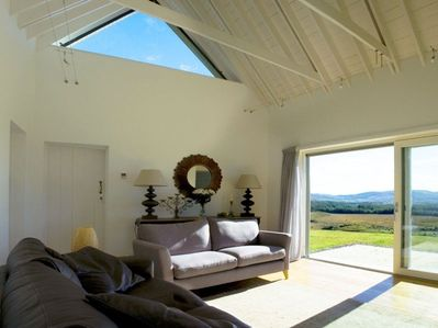 The Living Room, Cosy & stunning panoramic views