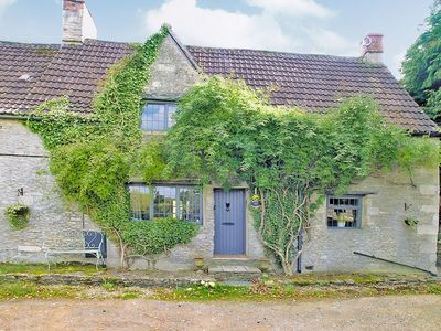 Photo for 2 bedroom property in Castle Combe. Pet friendly.