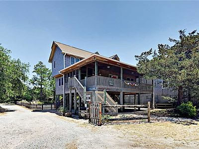 Photo for Oyster Slide:  Comfortable home with screened porch and deck.