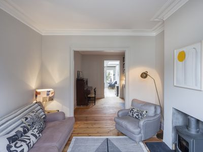 Photo for Stylish and spacious 4 bedroom home in Hackney, perfect for families