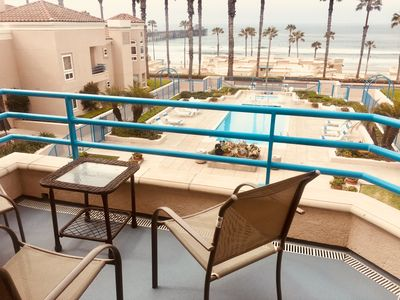 Ocean Front Condo With Pool and Jacuzzi!!! Right Across From Pier!