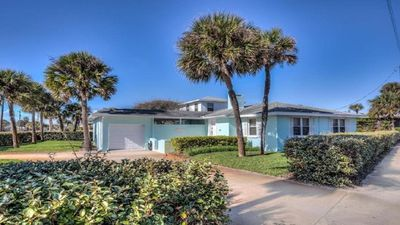 Photo for Seaview Beach House  -  SUMMER SPECIALS * Walk to the BEACH, Newly Renovated