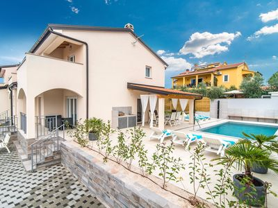 Photo for Newly built Villa Silver with Pool in Cittanova
