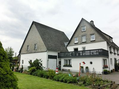 Photo for Large group accommodation near Winterberg that provides home comforts - lounge, garden, WiFi