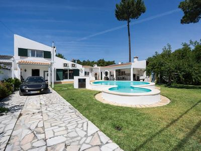 Photo for AroeiraMIR - Villa with private pool and garden, Lisbon South Bay [38274 / AL]