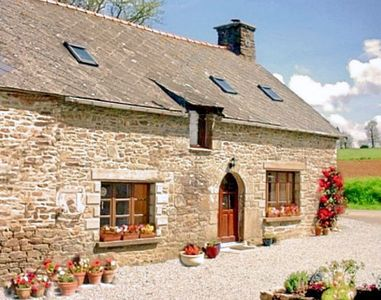 Photo for Characterful Breton Long House Set Rural Tranquility - Great For Nature Lovers