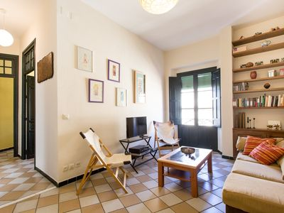 Photo for Apartment 397 m from the center of Seville with Internet, Lift, Balcony, Washing machine (463102)