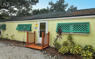 Front view of Sunspot Cottage