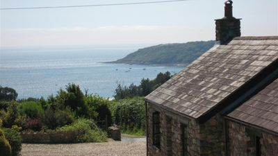 Photo for Western Farm Cottage, Penmaen