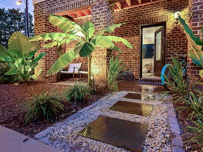 Photo for New Listing! Downtown Studio w/Bikes. Walk to shopping/dining. Free WiFi