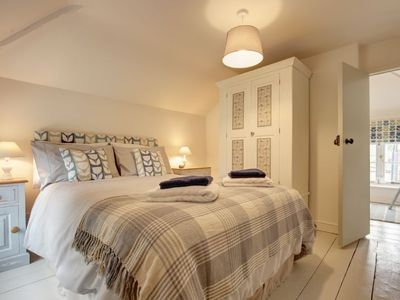 Photo for Cosy detached cottage for two, just perfect for a romantic getaway