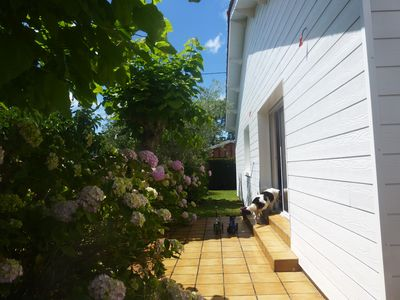 Photo for QUIET VILLA 90 m2 200 METERS FROM THE BASIN AND TOWN CENTER