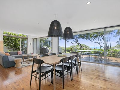 Photo for 'SEAVIEWS 12' Captivating ocean views in a designer beach house.
