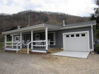 Photo for Newly remodeled bungalow. In fabulous Maggie Valley North Carolina.