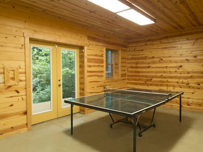 Photo for Catbird Cabin at Hummingbird Hill (Hocking Hills area)