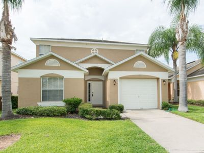 Photo for Beautiful 3 bedrooms and 2.5 bathrooms, this home can sleep up to 6 people