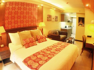 Photo for Hotel like condo near business district of Makati + WIFI, Skycable & Sports Bar