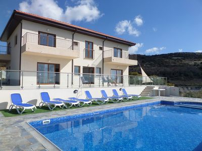 Photo for Modern villa 5 en suite Bed-set in Troodos foothills-private pool-stunning views