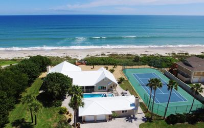 Photo for GOLDEN SANDS® EMERALD -Luxury Beachfront -Tennis Court, Pool, Spa, Private Beach