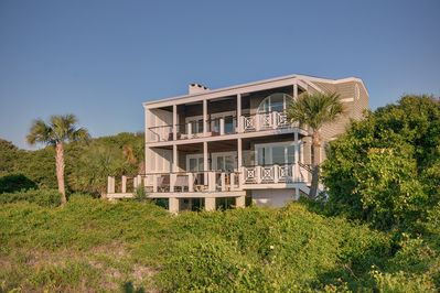 Expansive furnished decks, best view on East Beach!