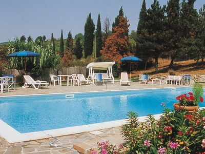 Photo for One Bedroom Ground Floor Apartment San Gimignano  Nilo, is a very pretty apartment on a lovely estate