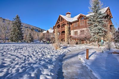 Your mountainside adventure begins at this vacation rental condo in Avon!