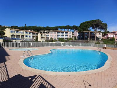 Photo for One bedroom Apartment, sleeps 4 in Sainte-Maxime with Pool, Air Con and WiFi