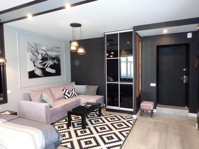 Photo for Apartment 795 m from the center of Kiev with Internet, Air conditioning, Lift, Washing machine (405493)
