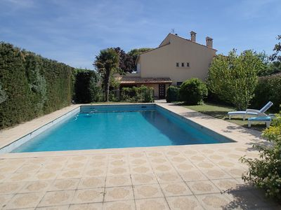Photo for Large independent appt in the DRC in villa with swimming pool Aix en Provenc