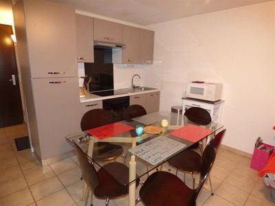 Photo for APARTMENT FOR 6 PEOPLE IN RESIDENCE WITH SWIMMING POOL RESIDENCE LES LAUNES