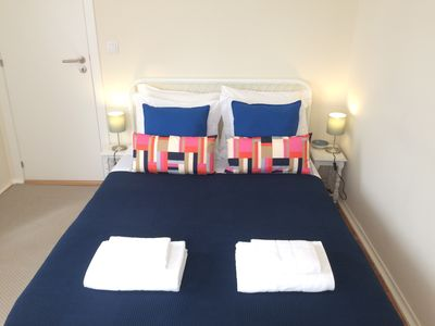 Photo for Alto do Estoril Guest House - Double Room with Private Bathroom 2